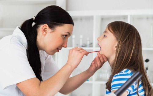 Запалення зв'язок горла: причини і як лікувати в домашніх умовах
