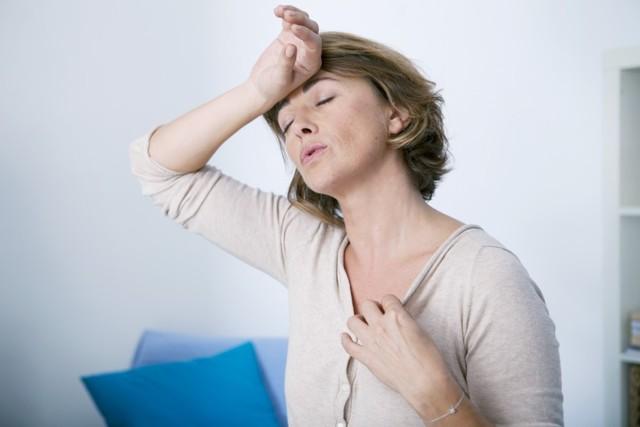 Гормональний риніт при вагітності і клімаксі: причини, симптоми і лікування