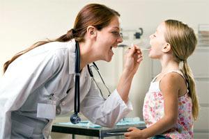 Герпес в горлі у дитини і дорослого: як лікувати, причини і симптоми