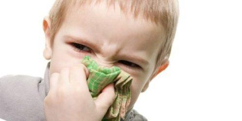 Нежить при прорізуванні зубів: лікування, скільки триває