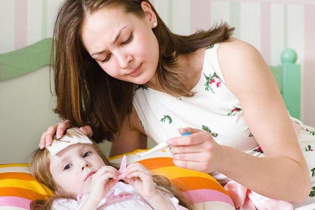 «Назаваль плюс»: інструкція із застосування спрею для дітей і дорослих, аналоги