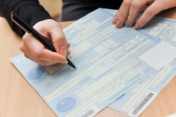 Чи дають лікарняний при отиті у дорослого: як правильно оформити документи