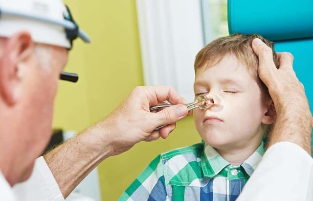 Синусит у дітей: причини, симптоми і лікування
