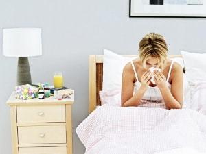 Лікування отиту при грудному вигодовуванні: як і чим у годуючої мами