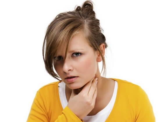Запалення задньої стінки горла, кашель і температура: як і чим лікувати