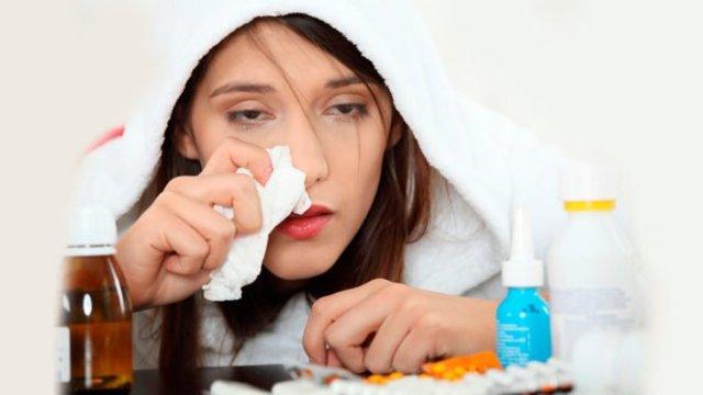 Як відрізнити вірусний нежить від бактеріального: різниця між ними