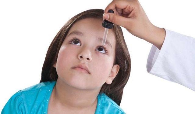 Чи можна Офтальмоферон капати в ніс: як і коли використовувати препарат?