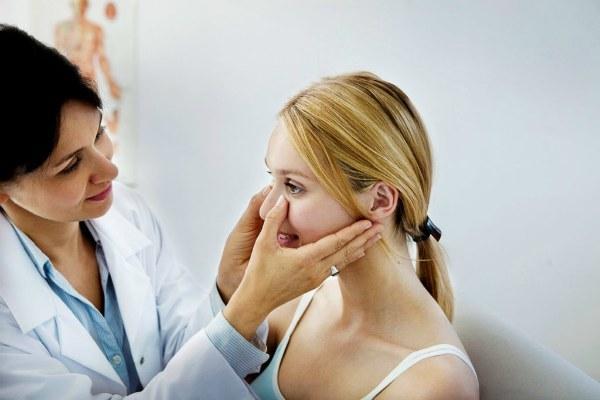 УЗД пазух носа: що показує процедура, методика проведення