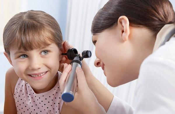 Дифузний отит: симптоми, причини, лікування і профілактика