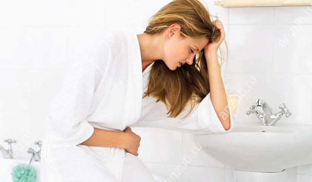 Металевий присмак при кашлі в роті: причини, діагностика та способи лікування