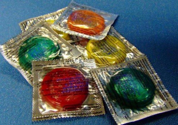 Презервативи з анестетиком: шкідливі, як користуватися, відгуки